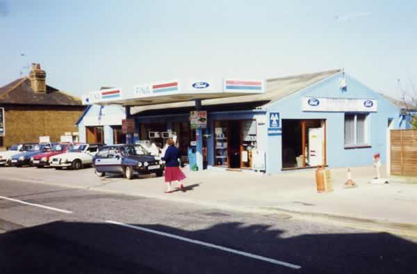 Western Road - garage